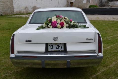 Kaunistatud pulmaauto